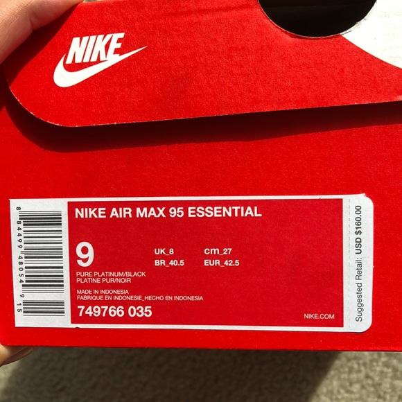 Nike Air Max 95 Essential. M 5b6a0ebfb6a942da0a4da7ef 3ade086a4